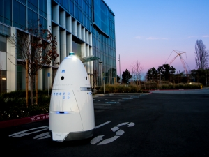Knightscope's security robots for rent can move autonomously and collect a wide range of data. (Picture: Knightscope)